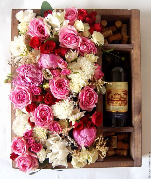 Интерьерные композиции ручной работы. Ярмарка Мастеров - ручная работа. Купить Деревянная коробка с флористикой-5. Handmade. Розовый, астильба