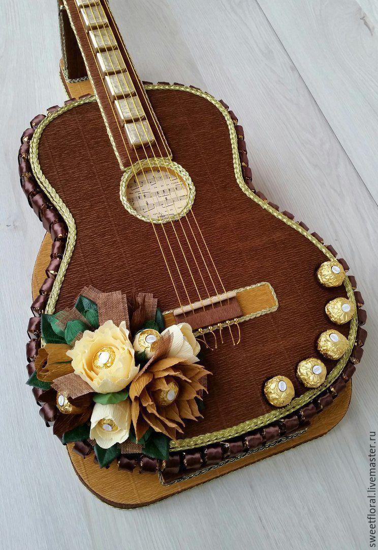 Как сделать гитару из конфет своими руками 26