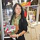 `Дубовая рощица` - это название серии шарфов и палантинов, выполненных в золотисто - коричнево - зелёной гамме по авторской технологии.