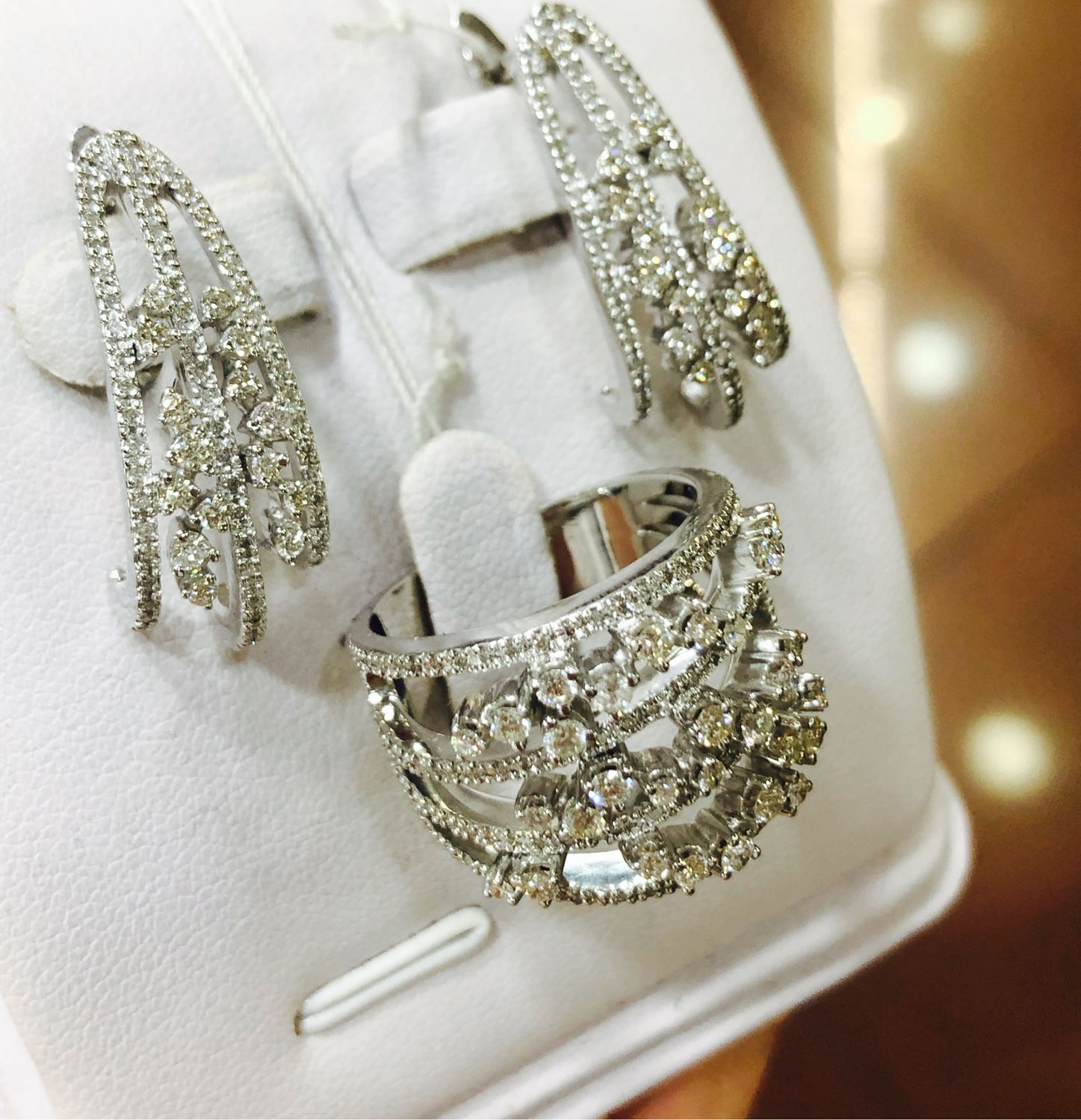 Lindo.  White gold diamond earrings and ring, Jewelry Sets, Moscow,  Фото №1