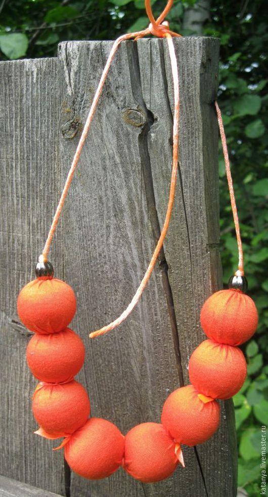 """Колье, бусы ручной работы. Ярмарка Мастеров - ручная работа. Купить Колье """"Апельсинки"""". Handmade. Оранжевый, колье, деревянные бусины"""
