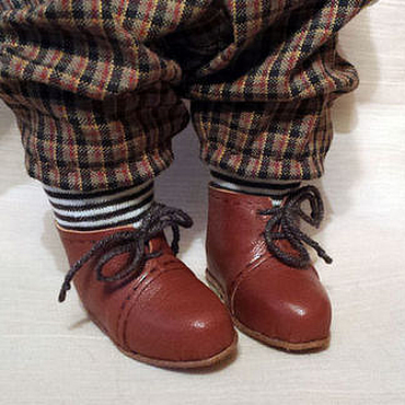Материалы для творчества ручной работы. Ярмарка Мастеров - ручная работа Фото мастеркласс Обувь для куклы несъемная. Handmade.