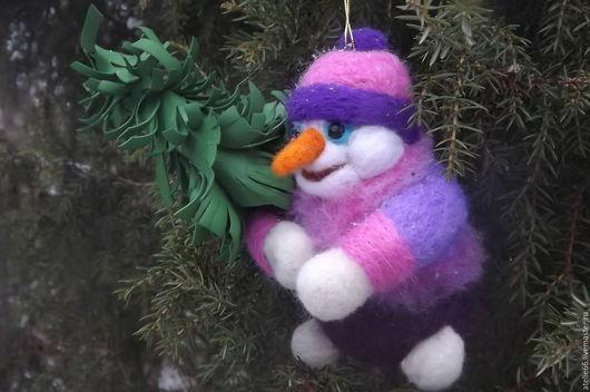 Сказочные персонажи ручной работы. Ярмарка Мастеров - ручная работа. Купить Снеговик- игрушка на елку. Handmade. Комбинированный, снеговичок