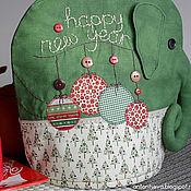 """Для дома и интерьера ручной работы. Ярмарка Мастеров - ручная работа Грелка на чайник """"Слон"""" Новогодний. Handmade."""