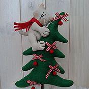 Куклы и игрушки ручной работы. Ярмарка Мастеров - ручная работа Кот на ёлке. Handmade.