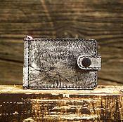 Зажимы ручной работы. Ярмарка Мастеров - ручная работа Зажим для купюр из сыромятной кожи серого цвета. Handmade.