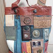 Классическая сумка ручной работы. Ярмарка Мастеров - ручная работа Джинсовый рюкзак. Рюкзак с лейблами.. Handmade.
