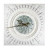 Часы классические ручной работы. Ярмарка Мастеров - ручная работа Часы классические: Gildini. Handmade.