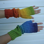 Аксессуары handmade. Livemaster - original item fingerless gloves rainbow (red orange yellow green cyan blue). Handmade.