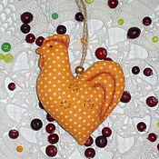 Подарки к праздникам ручной работы. Ярмарка Мастеров - ручная работа Елочная новогодняя игрушка - петушок). Handmade.