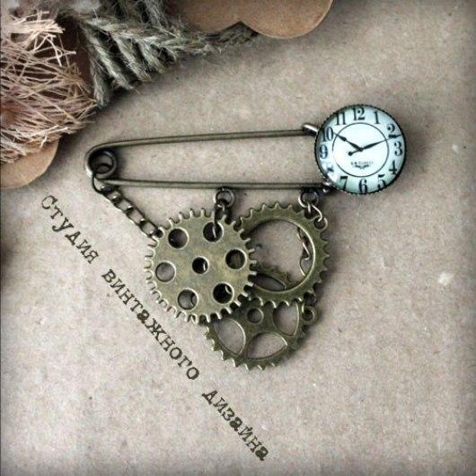 """Броши ручной работы. Ярмарка Мастеров - ручная работа. Купить Брошь-булавка """"Симметрия времени"""". Handmade. Бронзовый цвет, винтаж"""