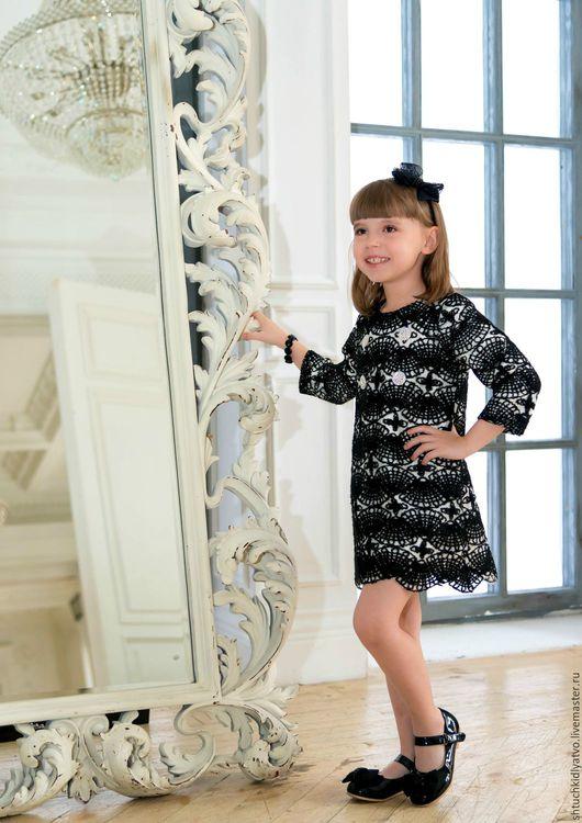 Одежда для девочек, ручной работы. Ярмарка Мастеров - ручная работа. Купить Кружевное платье. Handmade. Кружево, стразы, чёрно-белый