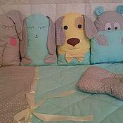 Для дома и интерьера ручной работы. Ярмарка Мастеров - ручная работа Комплект бортиков и одеяла в детскую кроватку. Handmade.
