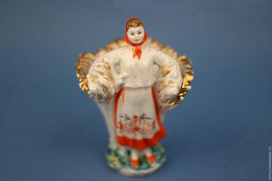 Винтажные предметы интерьера. Ярмарка Мастеров - ручная работа. Купить Фарфоровая статуэтка «Девушка со снопом» (кардашница). Handmade. Комбинированный