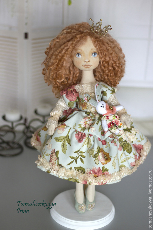 авторская текстильная кукла красивая кукла ручной работы