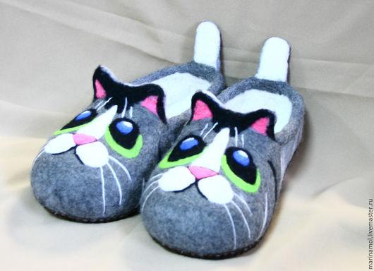 """Обувь ручной работы. Ярмарка Мастеров - ручная работа. Купить Детские валяные тапочки """"Неоновый кот"""". Handmade. Разноцветный"""