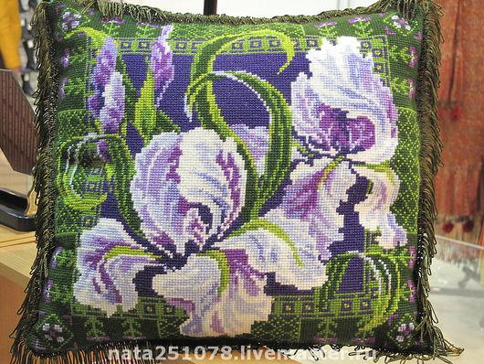 """Текстиль, ковры ручной работы. Ярмарка Мастеров - ручная работа. Купить подушка диванная """"Ирисы"""". Handmade. Подушка, декоративная подушка"""