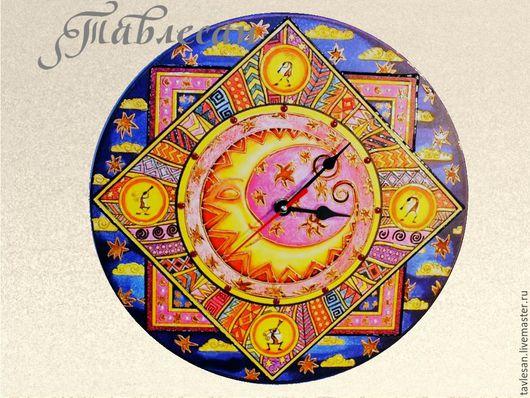 """Часы для дома ручной работы. Ярмарка Мастеров - ручная работа. Купить Часы настенные """"Звезды и луна"""" круглые в детскую или гостиную. Handmade."""