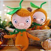 Елочные игрушки ручной работы. Ярмарка Мастеров - ручная работа Мальчишки - мандаришки ёлочные игрушки из фетра. Handmade.