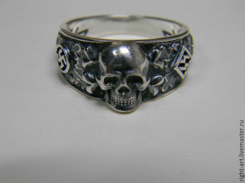 кольца мертвая голова