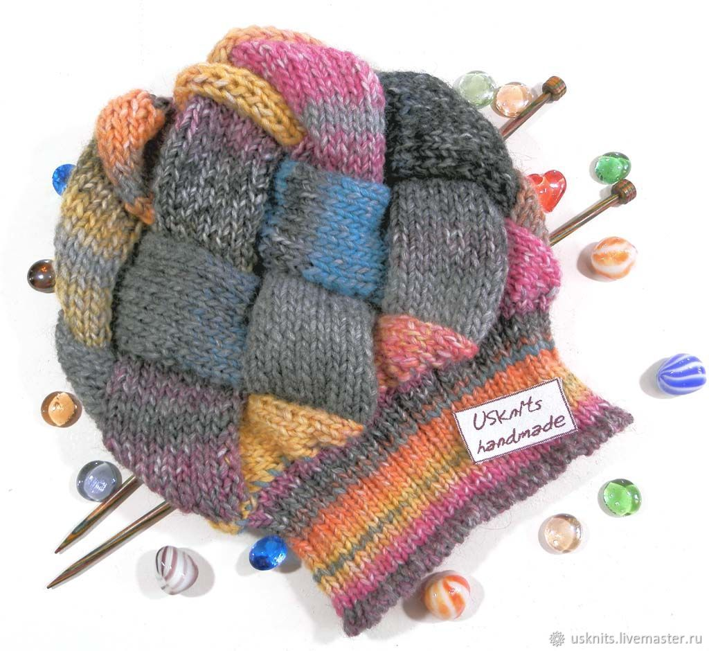 hats, womens hats, womens hat, hat knitted, hat lapel, hat is custom knit to order