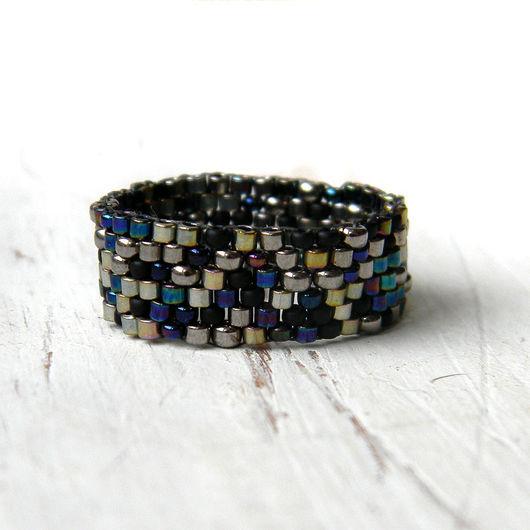 Кольца ручной работы. Ярмарка Мастеров - ручная работа. Купить Стильное кольцо ручной работы, сверкающее кольцо из бисера, минимализм. Handmade.