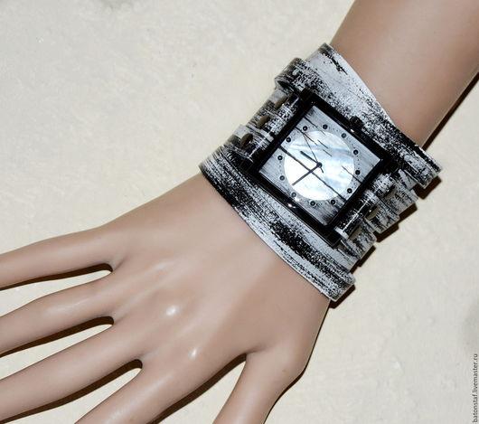 """Часы ручной работы. Ярмарка Мастеров - ручная работа. Купить Часы наручные и кожаный браслет- """"Часовщик рисовал"""".. Handmade."""
