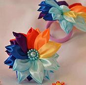 """Работы для детей, ручной работы. Ярмарка Мастеров - ручная работа Резиночки для волос в технике канзаши """"семицветик"""". Handmade."""
