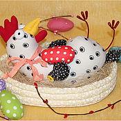 Куклы и игрушки ручной работы. Ярмарка Мастеров - ручная работа Пасхальная курочка в корзинке. Handmade.