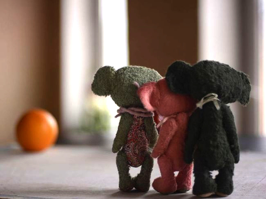 Мишки Тедди ручной работы. Ярмарка Мастеров - ручная работа. Купить три Че... Handmade. Подарок, немецкая вискоза