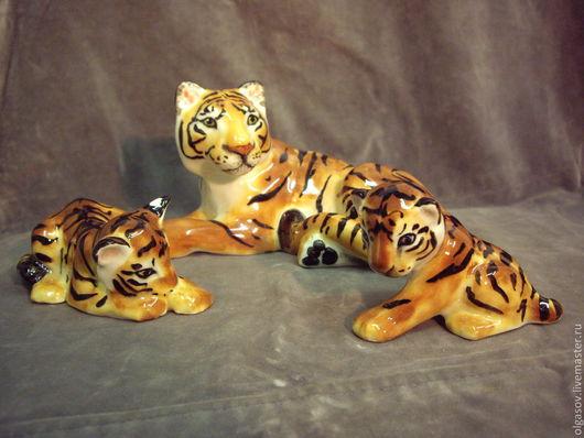 Статуэтки ручной работы. Ярмарка Мастеров - ручная работа. Купить тигрица с тигрятами. Handmade. Рыжий, анималистика, украшение для интерьера