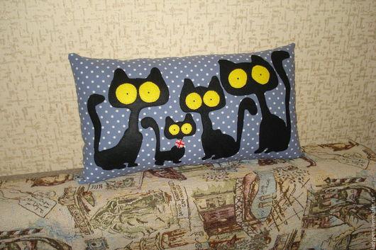 """Текстиль, ковры ручной работы. Ярмарка Мастеров - ручная работа. Купить Подушка """"Кошки.Ночной дозор"""". Handmade. Черный, котики"""