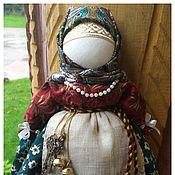 Куклы и игрушки ручной работы. Ярмарка Мастеров - ручная работа Народная кукла Берегиня дома в зелёной юбке. Handmade.