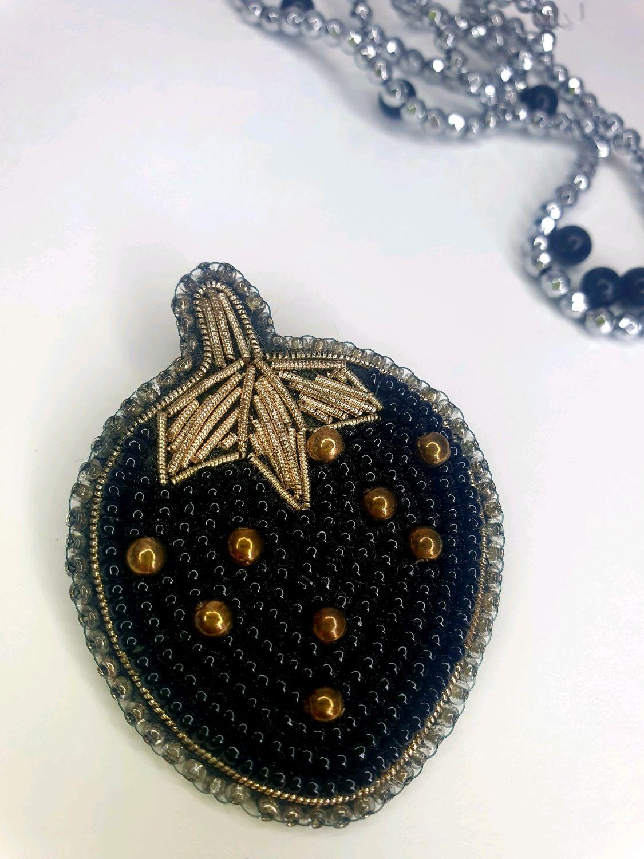 Чёрная клубничка, Брошь-булавка, Шатура,  Фото №1