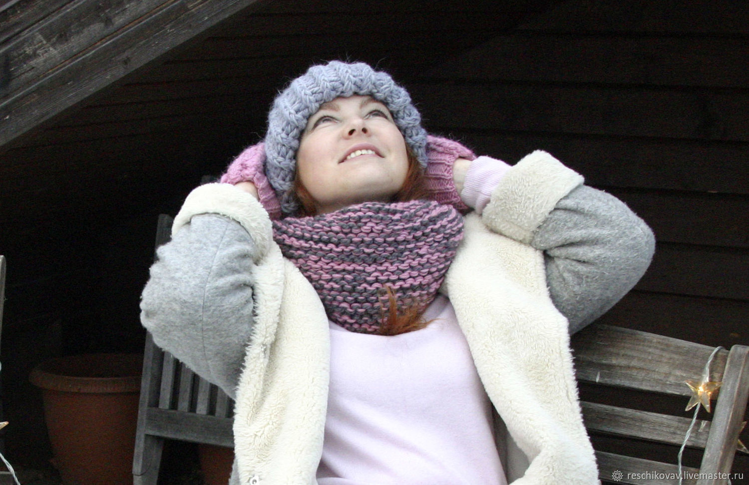 Snood (hooded scarf) in one revolution of the large knitted pink and grey, Scarves, Moscow, Фото №1