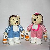 """Куклы и игрушки ручной работы. Ярмарка Мастеров - ручная работа """"Ежи-малыши""""вязаные игрушки. Handmade."""