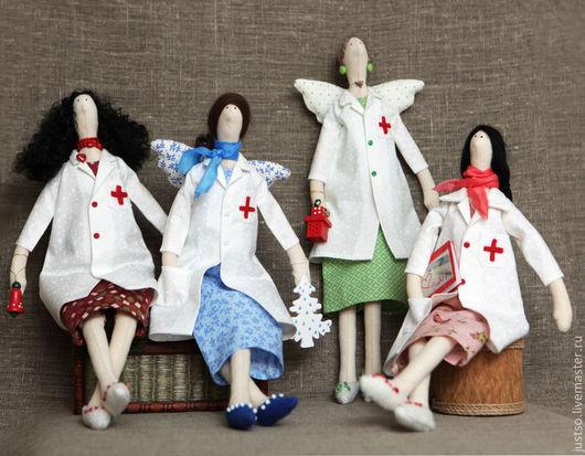 Куклы Тильды ручной работы. Ярмарка Мастеров - ручная работа. Купить Тильда Доктор. Handmade. Тильда, подарок доктору, мохер