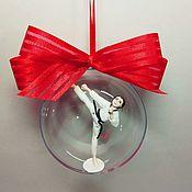 Елочные игрушки ручной работы. Ярмарка Мастеров - ручная работа Тхэквондистка в шаре подарок тхэквондистке. Handmade.