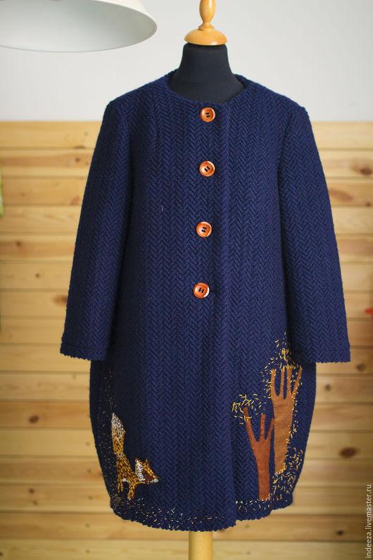Верхняя одежда ручной работы. Ярмарка Мастеров - ручная работа. Купить Пальто С лисой. Handmade. Синий, пальто с аппликацией