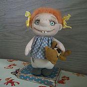 Куклы и игрушки ручной работы. Ярмарка Мастеров - ручная работа Куколка Глашенька с мишкой. Handmade.