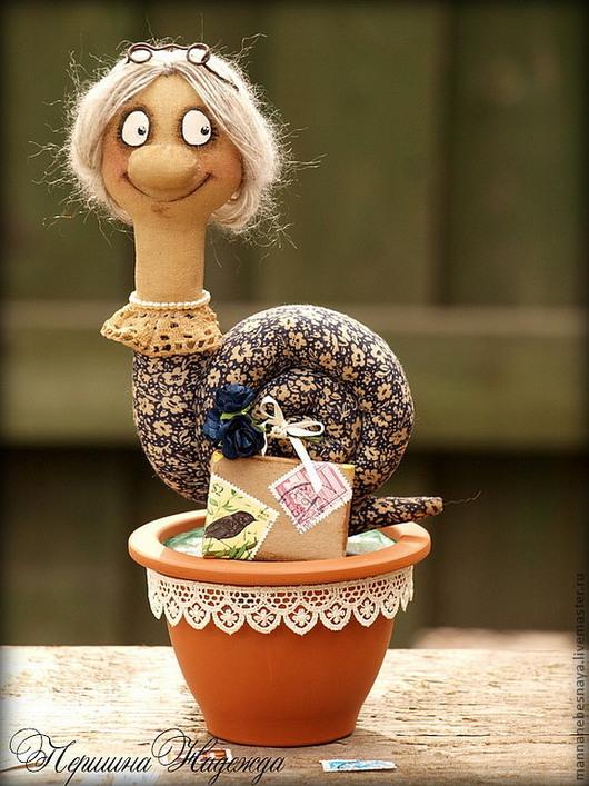 Ароматизированные куклы ручной работы. Ярмарка Мастеров - ручная работа. Купить Бабушку вызывали? Бабушка-Улиточка путешественница. Кофейная игрушка.. Handmade.