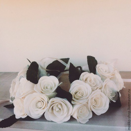 Свадебные украшения ручной работы. Ярмарка Мастеров - ручная работа. Купить Свадебный венок с розами из фоамирана. Handmade. Белый, ободок