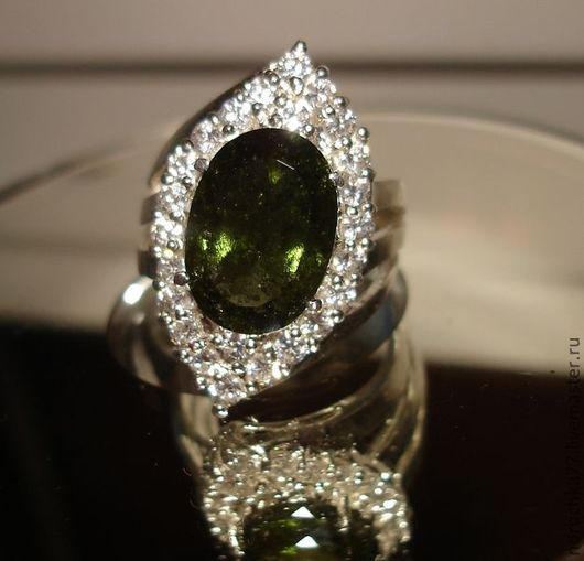 Кольца ручной работы. Ярмарка Мастеров - ручная работа. Купить Редкость кольцо ограненный натуральный молдавит  (гарантия). Handmade. Зеленый
