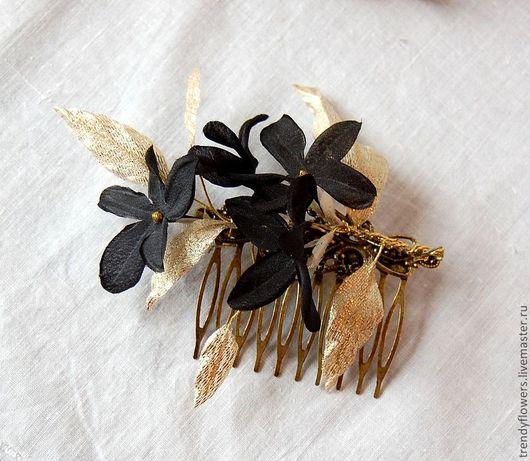 Гребень с черными цветами Элегантный жасмин. Цветы из шелка
