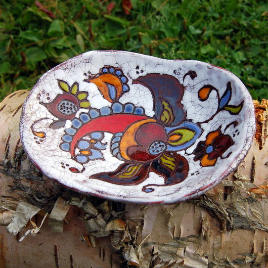 Тарелки ручной работы. Ярмарка Мастеров - ручная работа. Купить Тарелка керамическая маленькая. Handmade. Комбинированный, орнамент