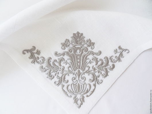Салфетка с объемной вышивкой `Версаль` `Шпулькин дом` мастерская вышивки