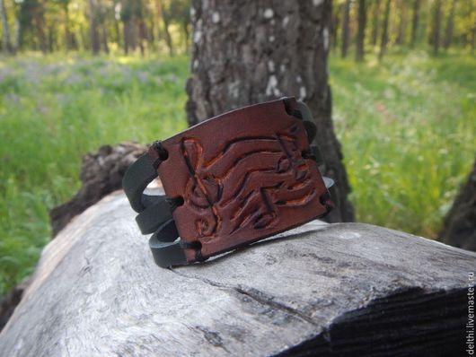 Браслеты ручной работы. Ярмарка Мастеров - ручная работа. Купить Кожаный браслет с тиснением В ритме музыки. Handmade.