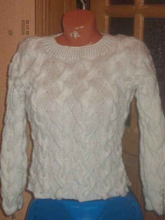 Кофты и свитера ручной работы. Ярмарка Мастеров - ручная работа. Купить свитер  обьемные косы. Handmade. Белый, 60% акрил