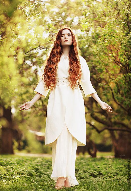 """Свадебное пальто с кружевом """"в русском стиле"""" -дизайнер Diana Pavlovskaya ."""