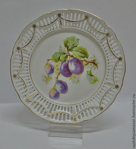 Реставрация. Ярмарка Мастеров - ручная работа. Купить Декоративная тарелка Сливы. Handmade. Белый, германия, цвета